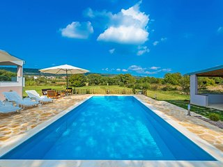 3 bedroom Villa in Posedarje, Zadarska Zupanija, Croatia : ref 5560078