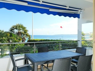 3 bedroom Apartment in Cannes, Provence-Alpes-Cote d'Azur, France : ref 5560012