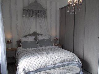 2 bedroom Villa in Saint-Palais-sur-Mer, Nouvelle-Aquitaine, France : ref 555996