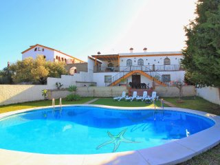 4 bedroom Villa in Torre de Benagalbón, Andalusia, Spain : ref 5559833