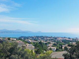 3 bedroom Villa in Saint-Aygulf, Provence-Alpes-Côte d'Azur, France : ref