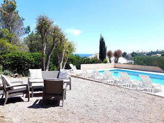 5 bedroom Villa in Saint-Aygulf, Provence-Alpes-Cote d'Azur, France : ref 555975
