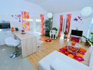 4 bedroom Villa in Krapan, Istria, Croatia : ref 5559675