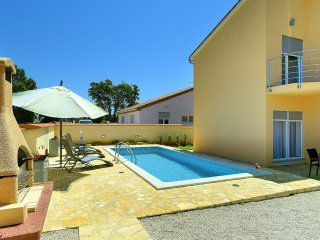 6 bedroom Villa in Ližnjan, Istria, Croatia : ref 5559670