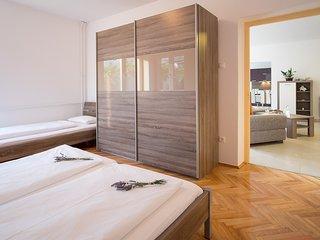 4 bedroom Villa in Novi Vinodolski, Primorsko-Goranska Županija, Croatia : ref