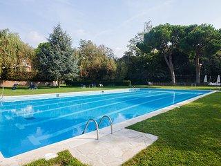 4 bedroom Apartment in El Carrer del Canonge, Catalonia, Spain : ref 5558411