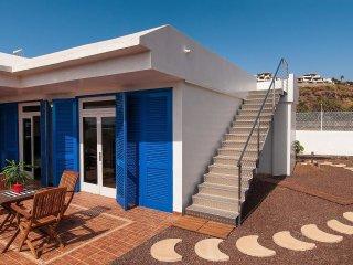 2 bedroom Villa in Agaete, Canary Islands, Spain - 5558362