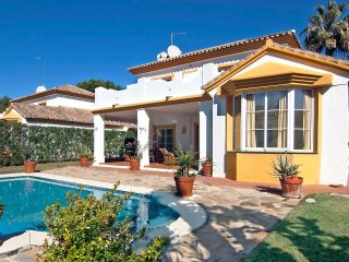 3 bedroom Villa in Sitio de Calahonda, Andalusia, Spain : ref 5558324