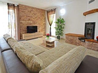 3 bedroom Villa in Kunj, Istria, Croatia : ref 5558001