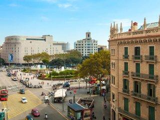 3 bedroom Apartment in Eixample, Catalonia, Spain : ref 5557860