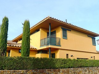 3 bedroom Villa in Navata, Catalonia, Spain - 5557446