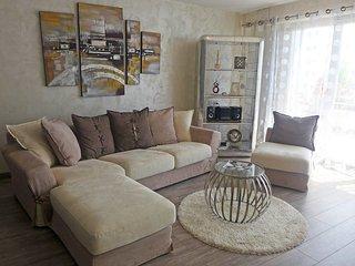 2 bedroom Apartment in Territet, Vaud, Switzerland : ref 5557428