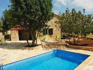 4 bedroom Villa in Gornji Humac, Splitsko-Dalmatinska Zupanija, Croatia : ref 55