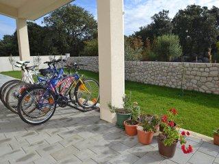 5 bedroom Villa in Kampor, Primorsko-Goranska Zupanija, Croatia : ref 5557364