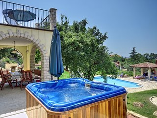 8 bedroom Villa in Ližnjan, Istria, Croatia : ref 5557360