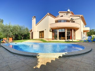 6 bedroom Villa in Medulin, Istria, Croatia : ref 5557350