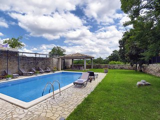 4 bedroom Villa in Lovrinici, Istria, Croatia : ref 5557339