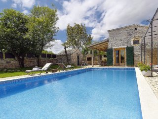 4 bedroom Villa in Lovrinići, Istria, Croatia : ref 5557339