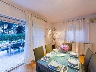 3 bedroom Villa in Zadar, Zadarska A1/2upanija, Croatia : ref 5557217
