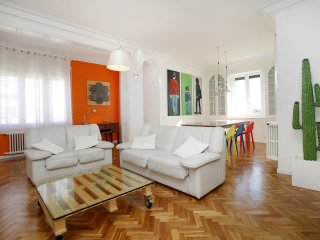 4 bedroom Apartment in Dreta de l'Eixample, Catalonia, Spain : ref 5557179
