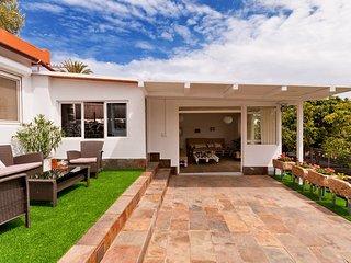 5 bedroom Villa in Ingenio, Canary Islands, Spain : ref 5557127