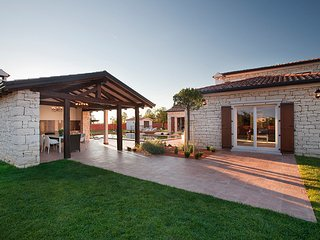 3 bedroom Villa in Cabrunici, Istria, Croatia : ref 5557091
