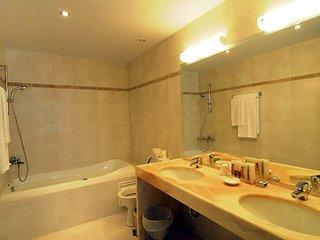2 bedroom Villa in Mochlos, Crete, Greece : ref 5557045