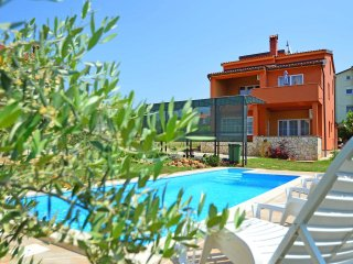 5 bedroom Apartment in Filipac, Istria, Croatia : ref 5556571