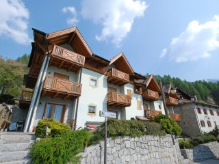 2 bedroom Apartment in Massimeno, Trentino-Alto Adige, Italy : ref 5518598