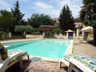 4 bedroom Villa in Althen-des-Paluds, Provence-Alpes-Côte d'Azur, France : ref 5