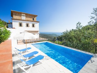 4 bedroom Villa in Platja d'Aro, Catalonia, Spain : ref 5554927