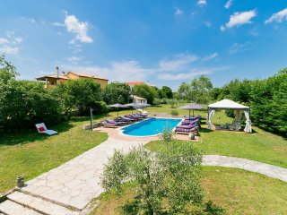 7 bedroom Villa in Rakalj, Istria, Croatia : ref 5554158