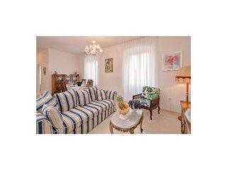 3 bedroom Villa in Jelsa, Splitsko-Dalmatinska Županija, Croatia : ref 5549436