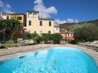 6 bedroom Villa in Lecchiore, Liguria, Italy : ref 5549409