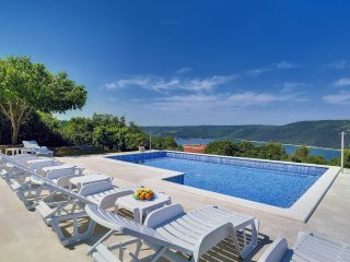 4 bedroom Apartment in Trgetari, Istria, Croatia : ref 5547670