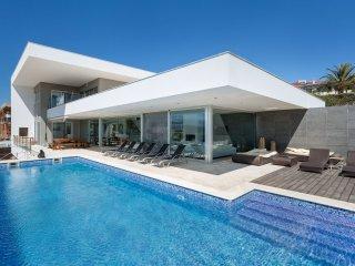 5 bedroom Villa in Ferragudo, Faro, Portugal : ref 5547027