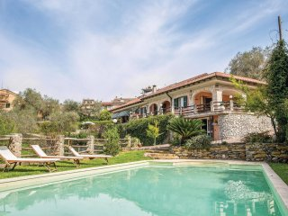 3 bedroom Villa in Villafranca, Liguria, Italy : ref 5544990