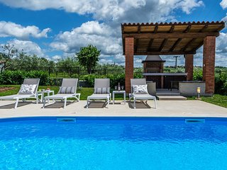2 bedroom Villa in Kolumbera, Istria, Croatia : ref 5544429