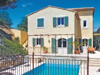 6 bedroom Villa in Pont-Royal, Provence-Alpes-Cote d'Azur, France : ref 5543882