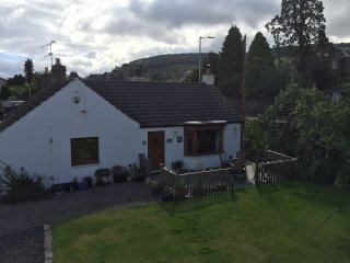Detached cottage in Perthshire village