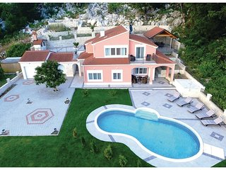 4 bedroom Villa in Peracko Blato, Croatia - 5543358