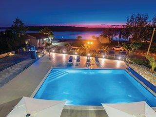 1 bedroom Apartment in Punat, Primorsko-Goranska Zupanija, Croatia : ref 5542961