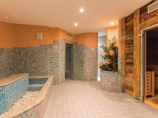 3 bedroom Apartment in Santa Caterina, Lombardy, Italy - 5537941