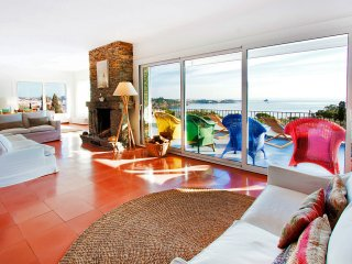 5 bedroom Villa in Cadaques, Catalonia, Spain : ref 5536461