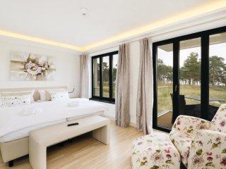 2 bedroom Apartment in Prora, Mecklenburg-Vorpommern, Germany : ref 5534267