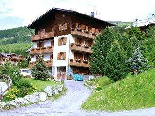 2 bedroom Apartment in Teola, Lombardy, Italy : ref 5533615