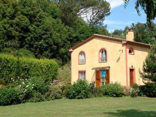 4 bedroom Villa in Gasparrino, Tuscany, Italy : ref 5533209