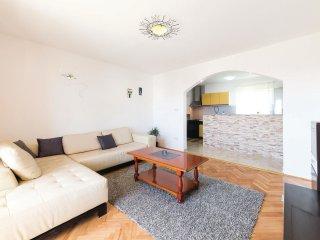 6 bedroom Villa in Stari Stafilic, Splitsko-Dalmatinska Zupanija, Croatia : ref