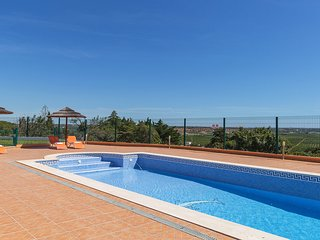 4 bedroom Villa in Malhão, Faro, Portugal : ref 5532514