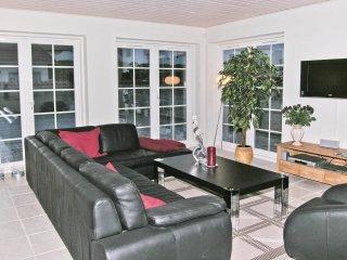 6 bedroom Villa in Blokhus, North Denmark, Denmark : ref 5527605